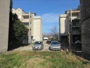 Immagine n4 - Tre appartamenti e tre garage al grezzo avanzato (part 696) - Asta 9264