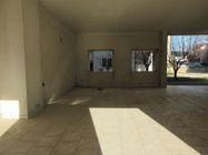 Immagine n3 - Tre appartamenti e tre garage al grezzo avanzato (part 697) - Asta 9265