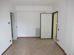Four room apartment with garden and   garages - Lote 9292 (Subasta 9292)