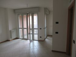 Three room apartment with garage and cellar - Lote 9297 (Subasta 9297)