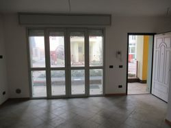 Three room apartment with garden and garage - Lote 9298 (Subasta 9298)