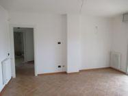 Immagine n0 - Trilocale con giardino e garage - Asta 9299