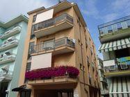 Immagine n0 - Appartamento al terzo piano e cantina - Asta 930