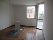 Immagine n3 - Appartamento su tre livelli con 3 garage - Asta 9316