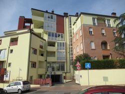 Compendio immobiliare di 26 appartamenti; 3 spazi commerciali; 46 garage