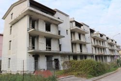 Residential building under construction - Lote 9351 (Subasta 9351)