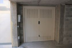 Garage in a residential complex sub - Lot 9409 (Auction 9409)