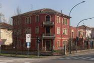 Immagine n0 - Abitazione e appartamento con pertinenze - Asta 9426