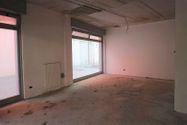 Immagine n4 - Negozio (sub 7) in complesso residenziale - Asta 9463