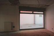 Immagine n6 - Negozio (sub 7) in complesso residenziale - Asta 9463