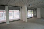 Immagine n3 - Negozio (sub 9) in complesso residenziale - Asta 9465