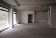 Immagine n4 - Negozio (sub 9) in complesso residenziale - Asta 9465