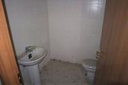 Immagine n8 - Negozio (sub 9) in complesso residenziale - Asta 9465