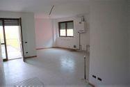 Immagine n0 - Appartamento al piano terzo e quarto (sub 25) - Asta 9466