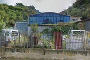Immagine n1 - Quote di due appartamenti con depositi e frustolo di terreno - Asta 9468
