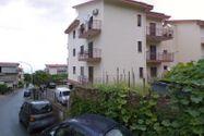 Immagine n1 - 1/2 parte del apartamento con garaje - Asta 9471
