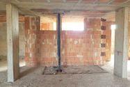 Immagine n3 - Terreno con complesso residenziale grezzo - Asta 9510
