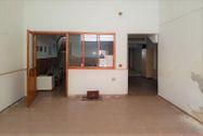Immagine n1 - Negozio piano terra con soppalco da sanare - Asta 9512