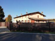 Immagine n0 - Porzione di villa di campagna - Asta 9545