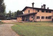Immagine n3 - Porzione di villa di campagna - Asta 9545