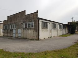 Industrial warehouse with multiple buildings and exclusive courtyard - Lot 9610 (Auction 9610)