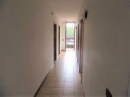 Immagine n2 - Ufficio al piano primo con posti auto coperti - Asta 9622