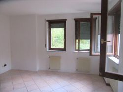 Three room apartment on the first floor with appliances - Lot 9632 (Auction 9632)