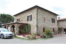 Villa monofamiliare con terreno agricolo