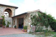 Immagine n2 - Villa monofamiliare con terreno agricolo - Asta 9671