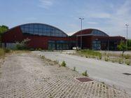 Immagine n3 - Negozio (sub 4) in galleria commerciale e quota BCNC - Asta 971