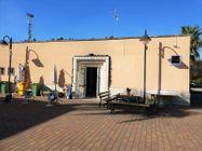 Immagine n0 - Due locali commerciali in villaggio polifunzionale - Asta 9711
