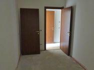 Immagine n6 - Appartamento (sub 20) in complesso a schiera - Asta 975