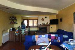 Doppia porzione di villa con magazzino - Lotto 9838 (Asta 9838)