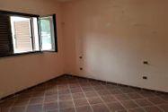 Immagine n3 - Trilocale con veranda e corte privata - Asta 9847