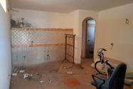 Immagine n0 - Tavernetta con veranda e cantina - Asta 9852