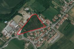 Building land of a total of   ,    sqm - Lot 9887 (Auction 9887)