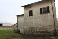 Immagine n3 - Abitazione duplex con corte e terreni di pertinenza - Asta 9905