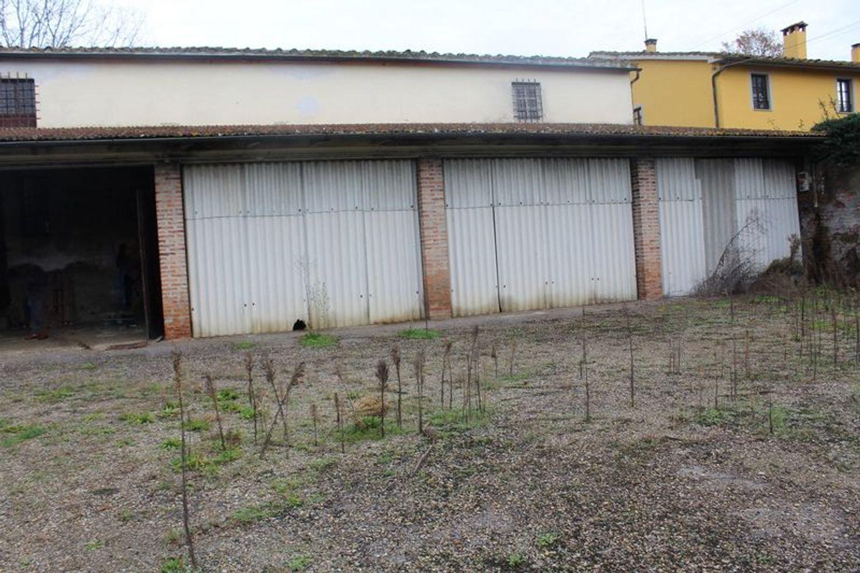 #9908 Fabbricato adibito a deposito con terreni di pertinenza in vendita - foto 6