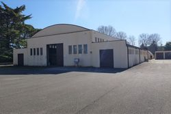 Craft complex with multiple buildings - Lot 9917 (Auction 9917)