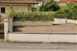 Uncovered parking space in a residential complex - Lote 9948 (Subasta 9948)