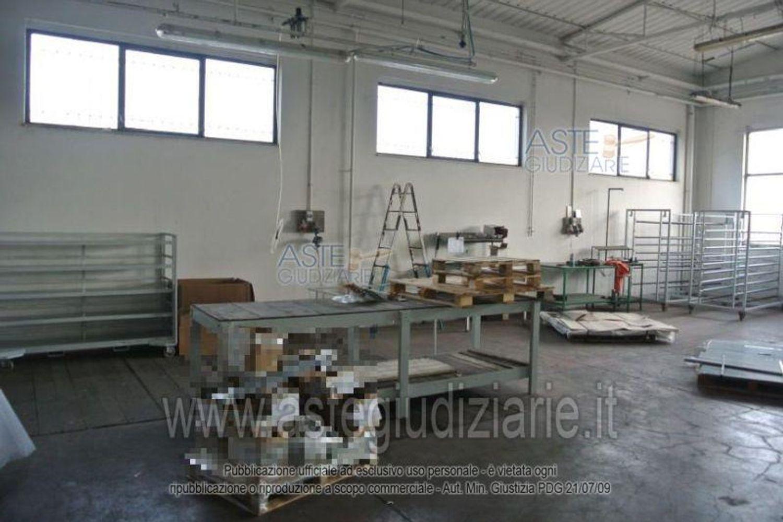 Immagine n. 4 - #9961 Opificio uso officina meccanica