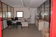 Immagine n8 - Capannone commerciale con uffici e appartamento - Asta 997