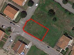 Residential building land of     m  - Lote 9979 (Subasta 9979)